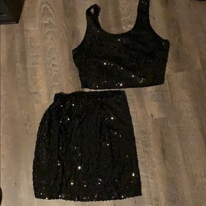 Two piece sequins outfit